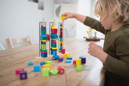 Stacking towers - puinen pinoamispeli